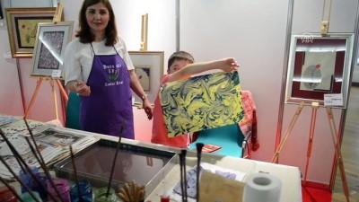 Almanya'daki Kitap ve Kültür Fuarı'na ziyaretçi ilgisi - KÖLN