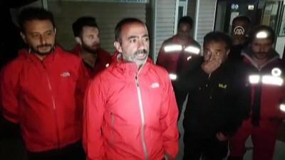 Demirkazık Dağı'nda 3 dağcı mahsur kaldı - NİĞDE