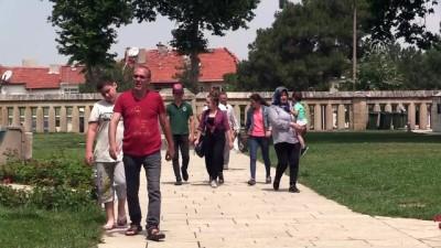 Selimiye Camisi'ne gelen turistler sayılıyor - EDİRNE