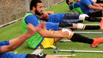 - Filistinliler Ampute Futbol Takımı Kurdu
