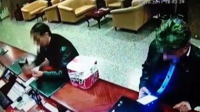 İranlı 'tırnakçılar' önce kameraya sonra polise yakalandı