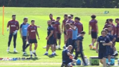 Trabzonspor'da Burak Yılmaz takımla çalışmalara başladı