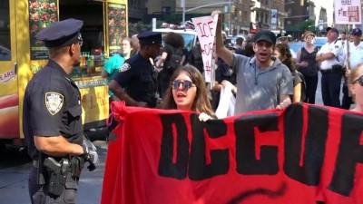 politika - Trump'ın göçmen politikası protesto edildi - NEW YORK