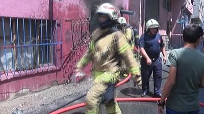 Beyoğlu'nda gecekondu yangını