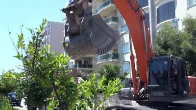 Efeler Belediyesi sıcak asfalt çalışması başlattı