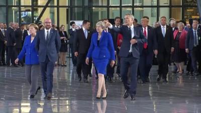 Liderler NATO Karargahı'nı gezdi - BRÜKSEL