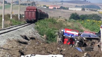 Tren kazasının yaşandığı hatta seferlere başlandı - TEKİRDAĞ