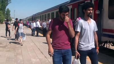 Muş'ta tren yolculuğuna ilgi