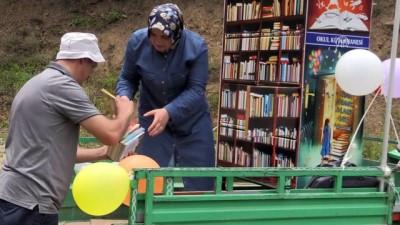 'Pat pat' ile köylerdeki çocuklara kitap taşıyorlar - ORDU