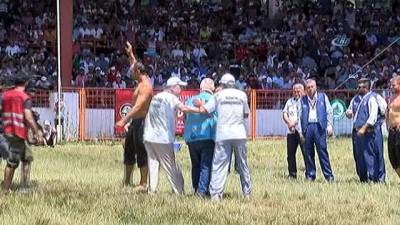 Er Meydanı'nda başpehlivanlar, çeyrek final kura çekimini yaptı