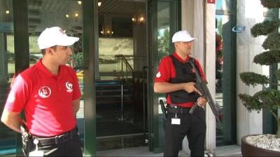 İBB Güvenlik görevlileri 15 Temmuz temalı forma giydi