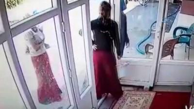 İş adamının evine kadın kılığıyla giren 3 kişi aranıyor