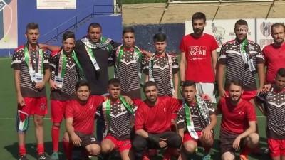 Türk ve Filistinli gençler futbolla buluştu - İSTANBUL