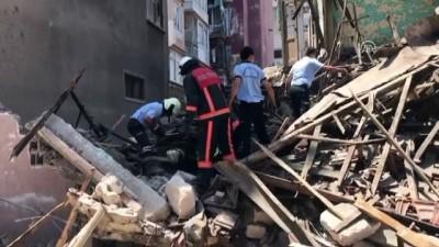 polis - 2 katlı metruk bir bina çöktü - MERSİN