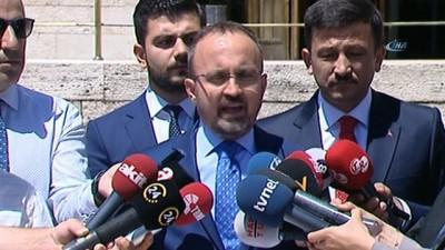 AK Parti Grup Başkanvekili Bülent Turan: '25 yaş ve 15 bin TL ön görüsüyle beraber, 25 günlük bir askerlik hizmeti öngörülüyor. Çalışmalar takdir, komisyonundur'