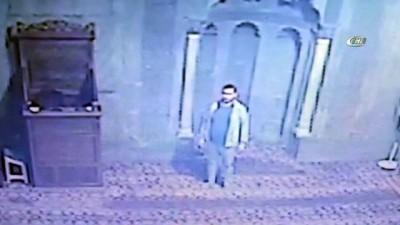 Camiye girdi, mikrofonu böyle çaldı...8 camide imamların mikrofonunu çalan hırsız yakalandı
