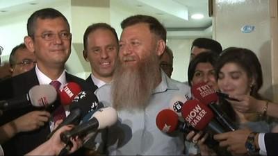 CHP'li Aytuğ Atıcı OHAL bitince sakalını kestirdi