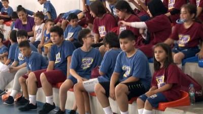 İBB 8 bin 200 çocuğa ücretsiz yaz spor okullarında eğitim veriyor