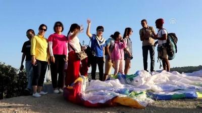 Pamukkale'yi havadan görmek için tatillerini uzatıyorlar - DENİZLİ