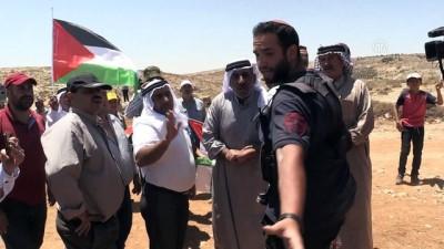 isgal - (TEKRAR) Filistinlilerden topraklarını gasbeden Yahudi yerleşimciye tepki - EL HALİL