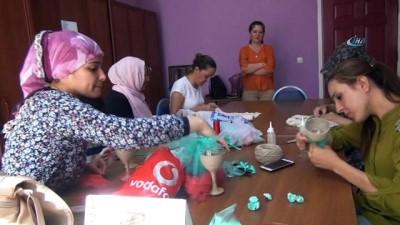 Bülent Ersoy'un yüz peçesini Kızıltepeli kadınlar işledi