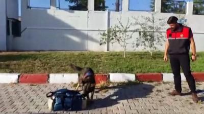 Şarj Cihazı İçinde Uyuşturucu Yakalandı