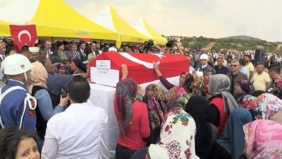 Şehit Jandarma Uzman Çavuş Öncebe'nin cenazesi defnedildi - GAZİANTEP