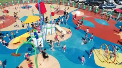 Bursa'nın ilk su oyunları parkı açıldı... Çocuklar bu parkta serinleyecek