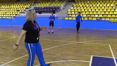 Erkek liginin kadın antrenörü - AMASYA