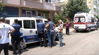 cenaze -  Kombi tamircisi dengesini kaybedip birinci kattan düşüp öldü
