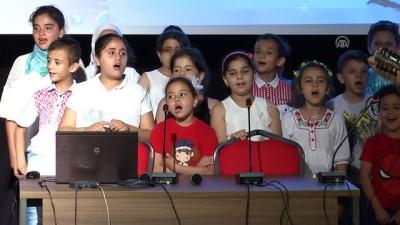 ogrenciler - Suriyeli yetimler için eğlence düzenlendi - İSTANBUL