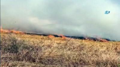 trol -  Silivri'de korkutan anız yangını - Rüzgarında etkisiyle büyüyen alevler, yerleşim yerlerine yöneldi