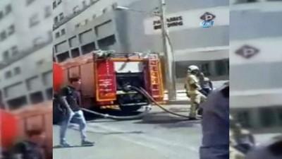 yangina mudahale -  - Tahran'da Gökdelende Yangın