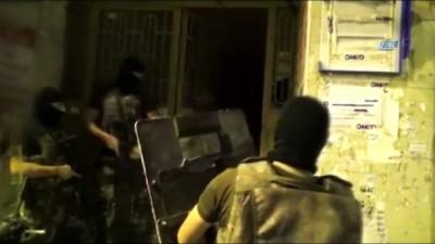 ozel harekat polisleri -  İstanbul'da DEAŞ terör örgütüne yönelik operasyon kamerada