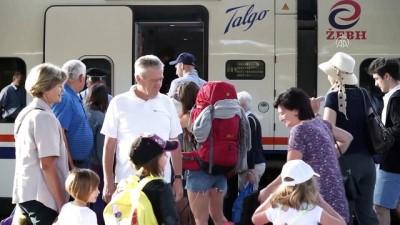 Bosna Hersek'in 'rüya demiryolu güzergahı' manzarasıyla büyülüyor - SARAYBOSNA