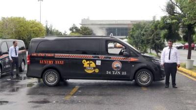 Havalimanı yolcuları renkli taksileri sevdi - İSTANBUL