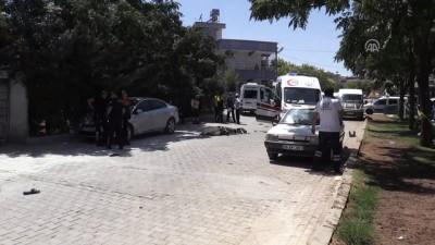 Kavgada durdurmak istediği minibüsün çarptığı Suriyeli öldü - ŞANLIURFA