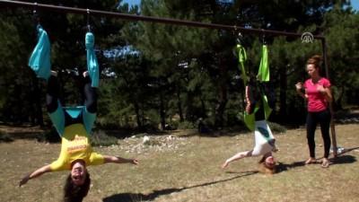 Köyde yoga ve fitness ile stres atıyorlar - BİLECİK