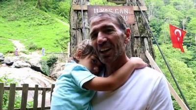 Göğe komşu toprakların şelalesine turist ilgisi - ARTVİN