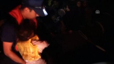 nani - Çeşme açıklarında 49 kaçak göçmen yakalandı - İZMİR