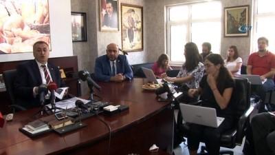"""firincilar odasi -  Türkiye Fırıncılar Federasyonu Başkanı Halil İbrahim Balcı: """"Ulusal basında ekmek 25 kuruş arttı diye yapılan haberler doğru değil'"""