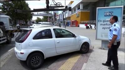 Engelli yollarına park edenlere ceza - İSTANBUL