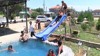Çocuklardan el yapımı Aqua Park