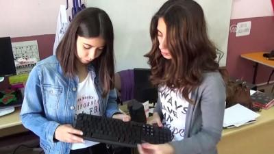 Üniversite öğrencileri görme engelliler için klavye tasarladı - AFYONKARAHİSAR