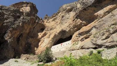 'Kayaya oyma manastır' ziyaretçilerini ağırlıyor - GİRESUN