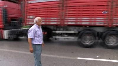 Kazanın yaşandığı bölgede canlarını hiçe sayarak trafiği yavaşlattılar