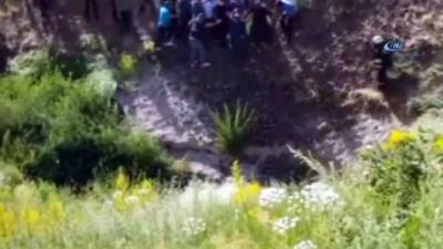 Askeri zırhlı araç kaza yaptı: 2 asker yaralı