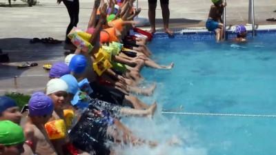 Nusaybinli çocukların havuz keyfi - MARDİN