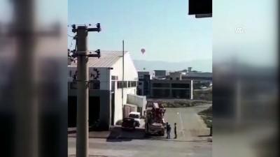 Sıcak hava balonu, hava muhalefeti nedeniyle sürüklendi - DENİZLİ