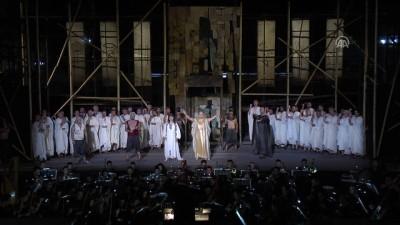 Tunus'ta 'Aida' operası